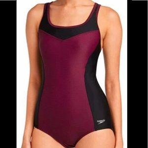 New 2x speedo swimsuit